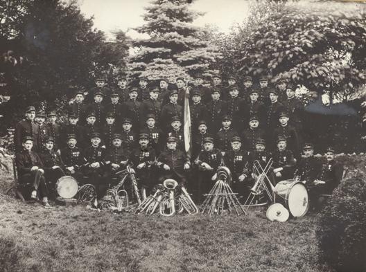Photo en noir et blanc de l'harmonie en 1931