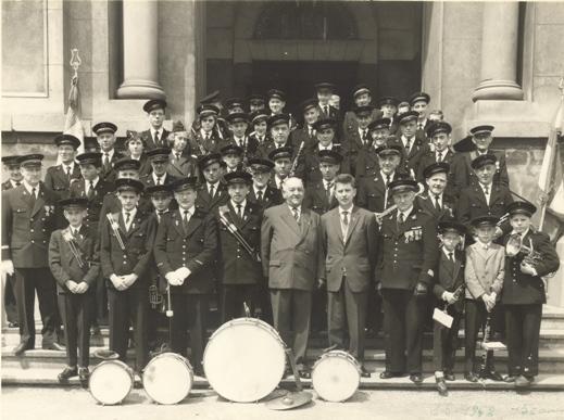Photo en noir et blanc de l'harmonie en 1962